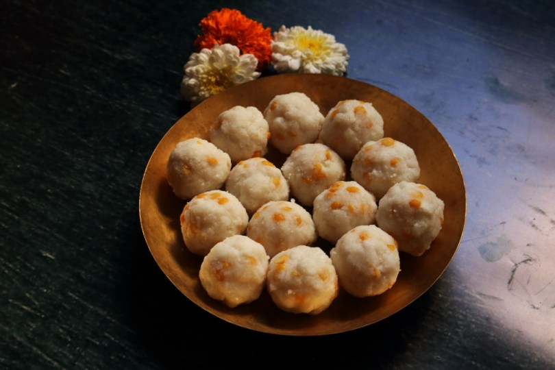 Kudumulu (also called Undrallu) are steamed Rice Rava and Chana Dal Balls