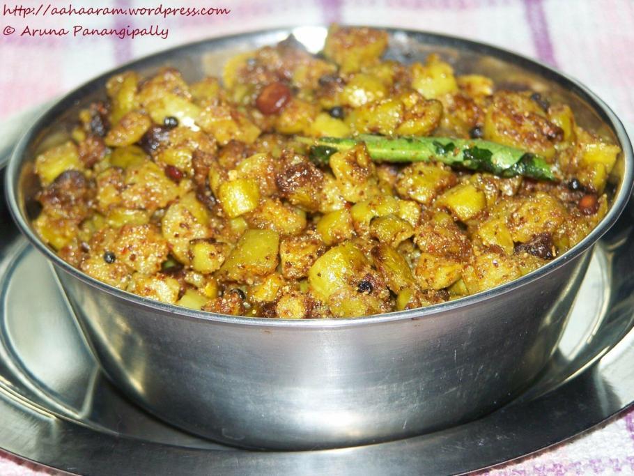 Dondakaya Koora with Koora Podi or Ivy Gourd with Andhra Curry Powder