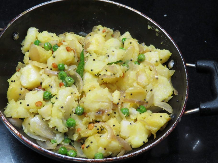 Potato Curry for Masala Dosa, Roti or Puri