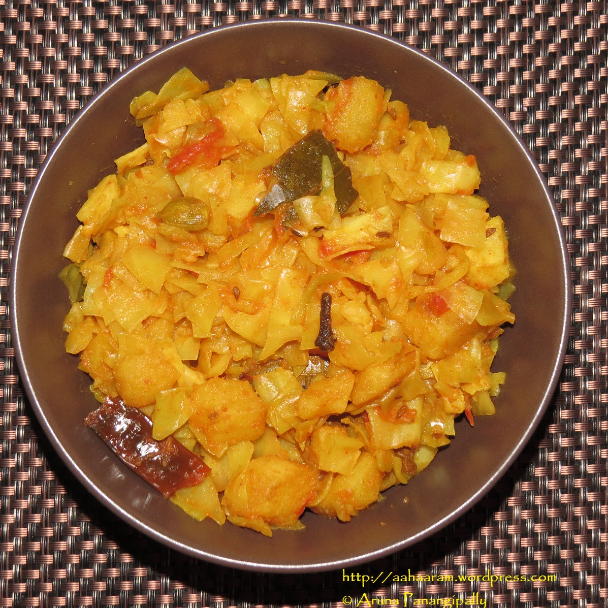 recipe: curried cabbage and potatoes [25]