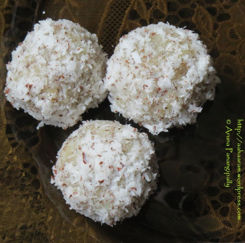 Quick and Easy Coconut Laddoo | Nariyal Laddu made with Grated Coconut and Condensed Milk