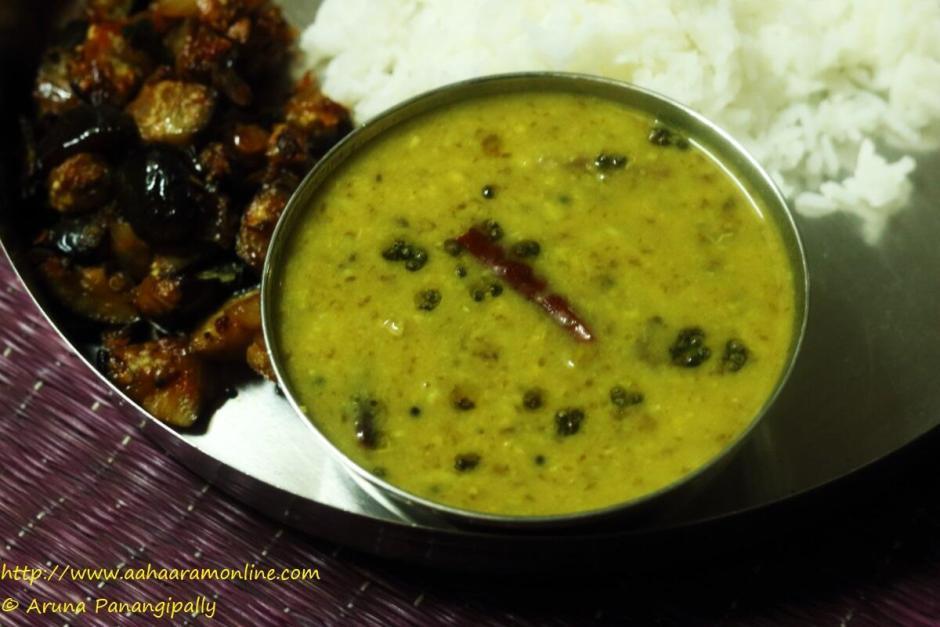 Chukka Kura Pappu with rice and brinjal stir-fry