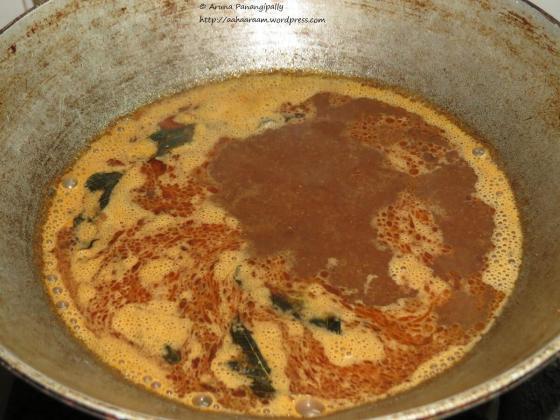 Paruppu Urundai Kuzhambu - Add Water and Boil