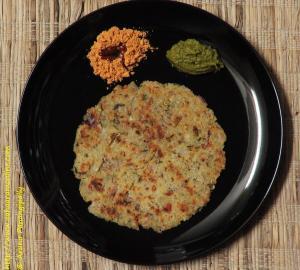 Rava Rotti - A Savoury, Crisp Semolina Pancake from Karnataka, India