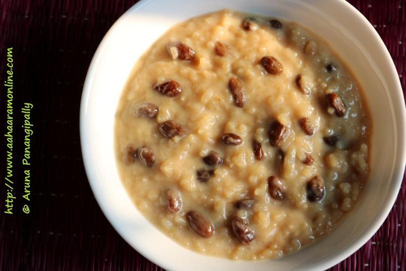 Rice Pudding with Coconut Milk, Cinnamon, and Raisins