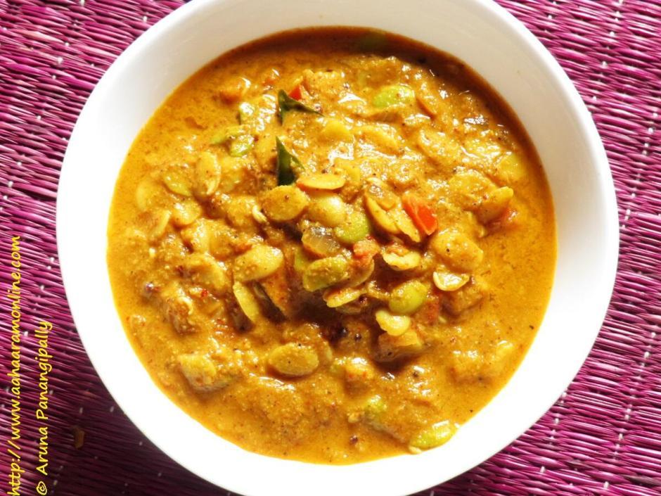 Hitikavare Hisukida Avarekalu Saaru | Sambar made with Surti Papdi