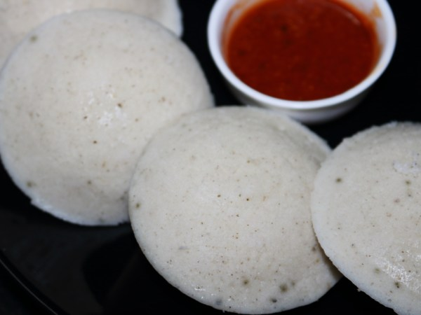 Idli with Millets served with Molaga Podi