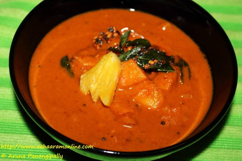Pineapple Menaskai | Pineapple Gojju: A Recipe from from Mangalore