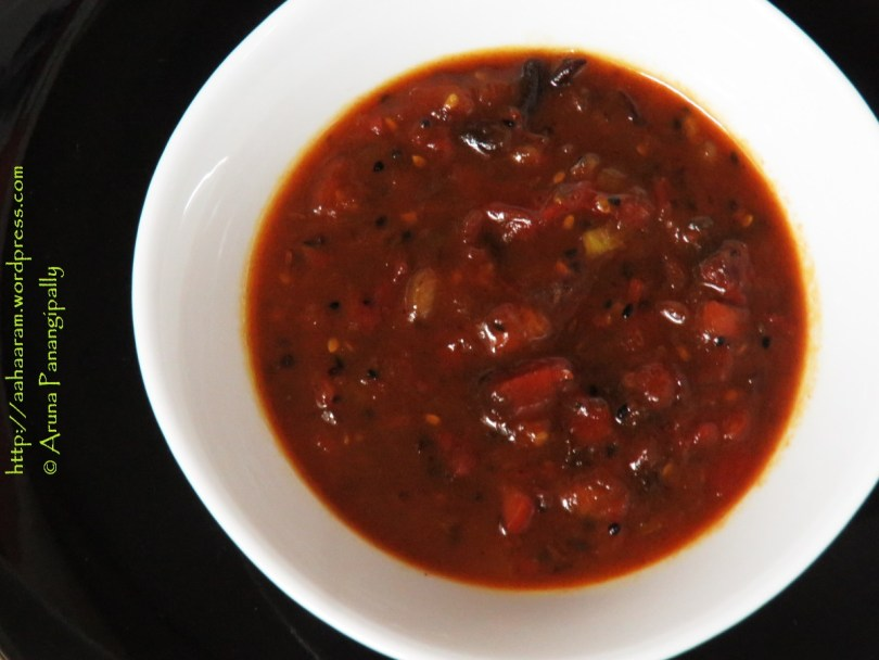 Bengali Tomato Khejur Aamshottor Chutney