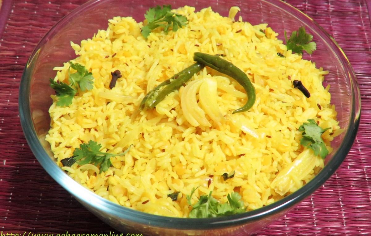 Hyderabadi Khichdi made with rice and masoor dal
