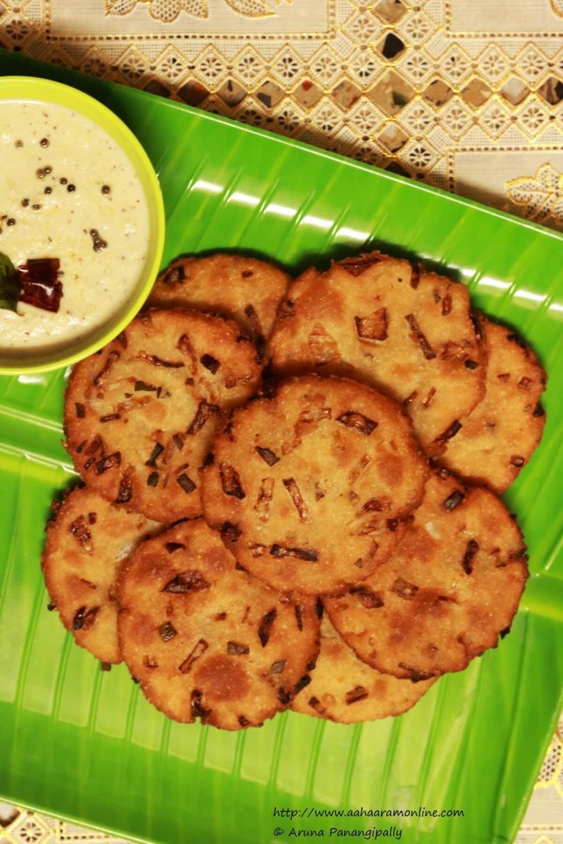 Maddur Vada: A Delicious Tea-Time Snack from Karnataka