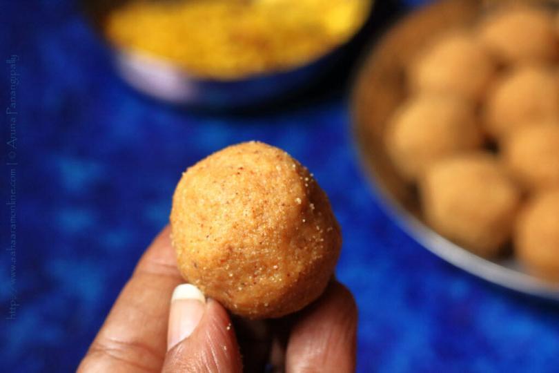 Sunnundalu | Andhra Udad Dal Laddu