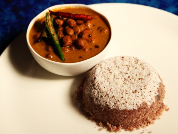 Chiratta Puttu and Kadala Curry: Steamed Rice Flour and Coconut Cake Served with a Black Chickpea Curry