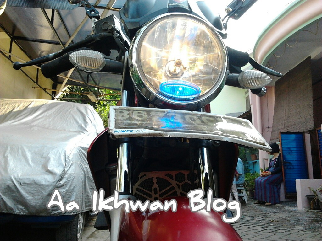 Led Senja di Ujung Headlamp