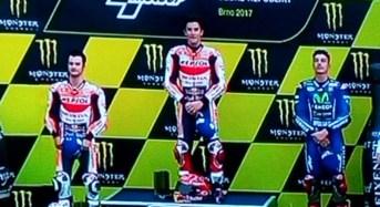 Hasil Motogp Brno,  Strategi Ajib Marquez Juara Disusul Pedrosa dan Vinales