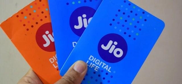 रिलायंस जियो reliance jio offer for its users