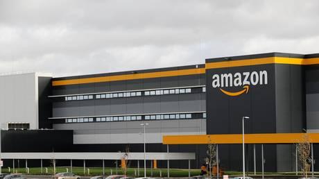 Amazon's building in Bretigny-sur-Orge, France. Amazon. November 2019. © AFP / Thomas Samson