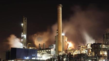 چین: مسلم اکثریتی علاقے سنکیانگ سے 100 ارب کیوبک میٹر گیس کا ذخیرہ دریافت