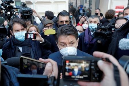 اٹلی میں معاشی و سماجی بدحالی: اتحادی ساتھ چھوڑ گئے، وزیراعظم مستعفی، اعتماد کے ووٹ کے لیے نئے اتحادیوں کی تلاش شروع