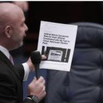 فلوریڈا ریاستی اسمبلی نے سماجی میڈیا کمپنیوں کے پَر کُتر دیے: سیاسی شخصیات کے کھاتے معطل کرنے پر پابندی عائد، لاکھوں ڈالر جرمانے کا قانون منظور