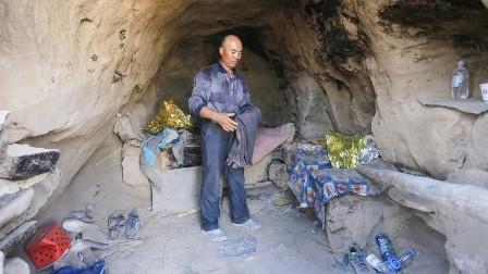 چین: ہلاکت خیز موسم میں دوڑ کے کھلاڑیوں کی جان بچانے والے گڈریے کی دھوم، قومی ہیرو قرار