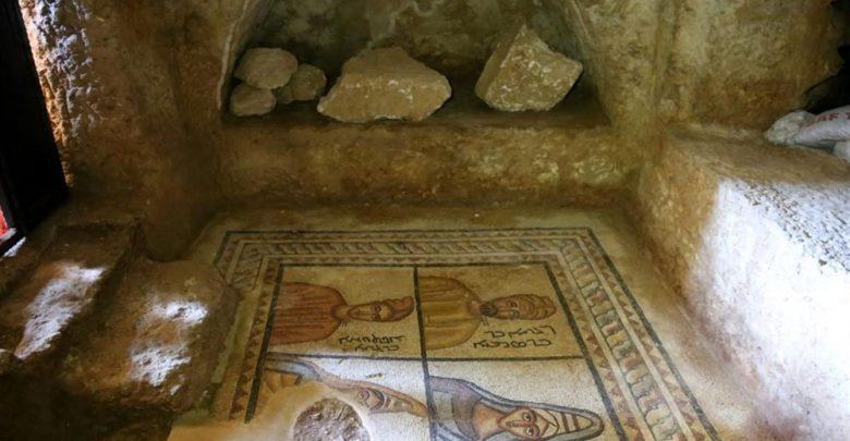 المقابر الصخرية في شانلي بتركيا