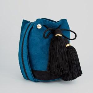 Flecha Medium Colorblock Bucket in Blue duck/Black Cross Body Handbag bucket bag