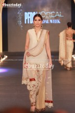 asifa-nabeel-pfdc-loreal-paris-bridal-week-2013-32