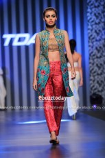 Farnaz-Mustafa-collection-at-TDAP-Fashion-Show-10