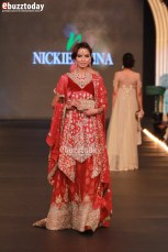 Nickie-Nina-PFDC-Paris-Bridal-Week-2013-73
