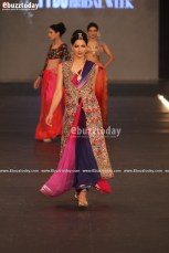 SAAI-by-Sahar-Atif-pfdc-loreal-laris-bridal-week-2013-4