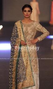 Zara-Shahjahan-pfdc-loreal-paris-bridal-week-2013-40