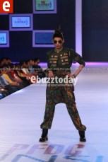 Arooj-Ahmad-PFDC-Sunsilk-fashion-week-PSFW2014-ebuzztoday-1