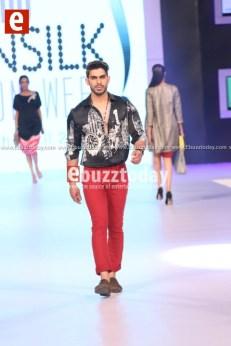 Deepak-parwani-pfdc-sunsilk-fashion-week-psfw2014-ebuzztoday-37 (1)