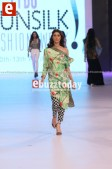 Sania-Maskatiya-pfdc-sunsilk-fashion-week-psfw2014-ebuzztoday-129 (1)