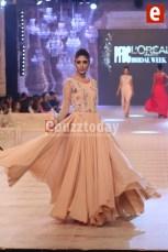 Sofia-Collection-at-PFDC-L'Oréal-Paris-Bridal-Week-2014-ebuzztoday-12