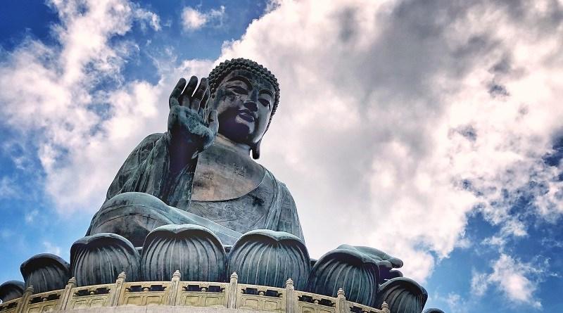天壇大佛, 開放時間, 交通, 巴士, 行山, 食齋, 樓梯, 寶蓮禪寺, 香港好去處, 離島好去處, 大嶼山好去處, 週末好去處, 親子好去處, 週末好去處, 拍拖好去處, 打卡好去處, A姐M佬港去玩, The Big Buddha