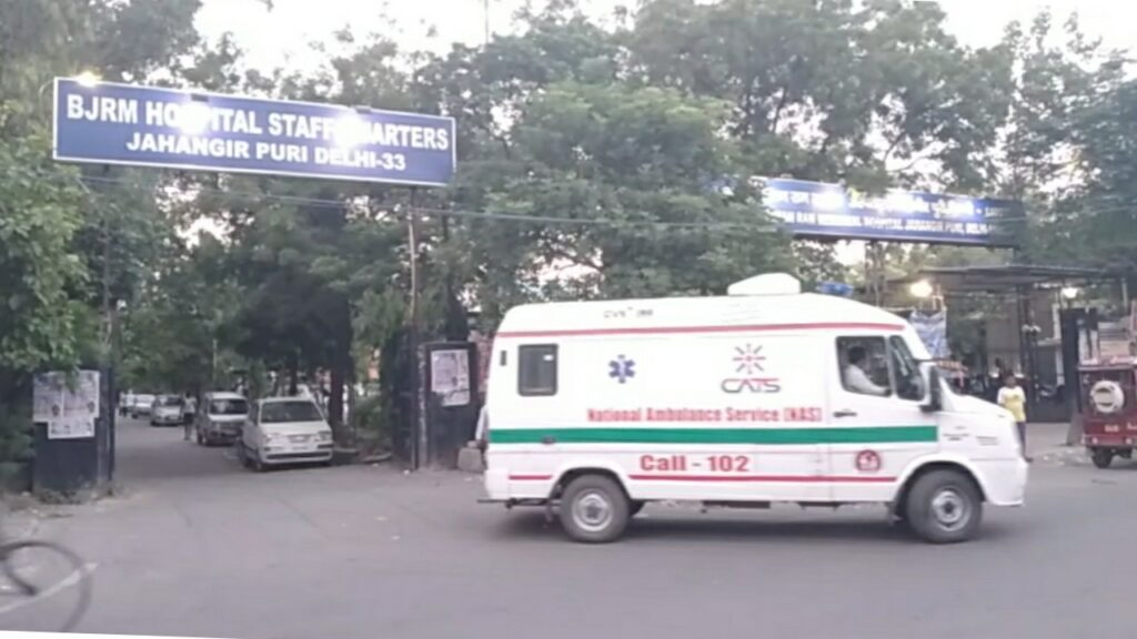 जहांगीर पूरी के बाबु जगजीवन राम अस्पताल के सामने मिला अज्ञात शव।