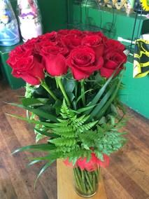 aangelas florist 12 roses