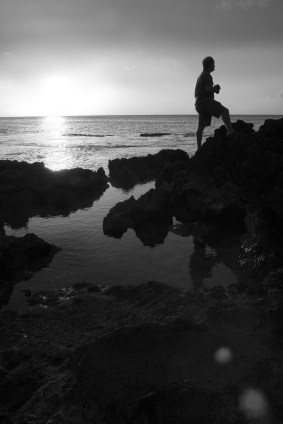 drew_sunset_makua_filtered