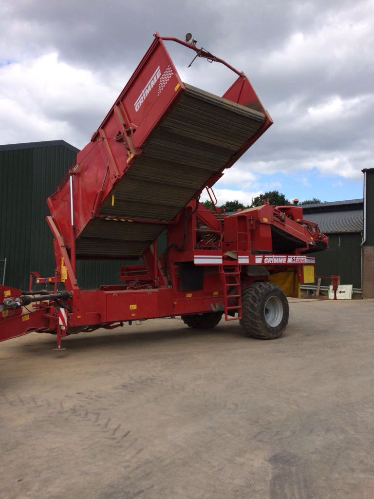 Grimme SE 150-60 NB XXL extra grote losbunker omhoog