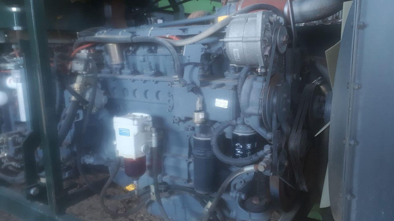 AVR Quadra motor