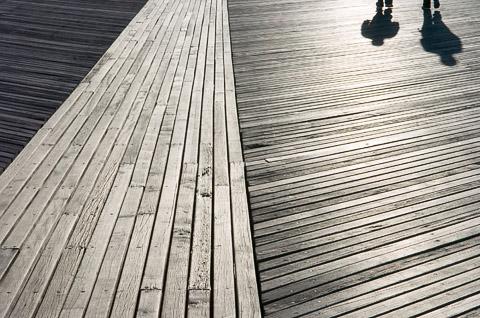 Boardwalk (Coney Island, Brooklyn, NY) - 2006-04