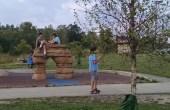 AARC-Olson-KidsatPlaygroundAug2015