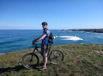 tapia-cycling-the-headlland