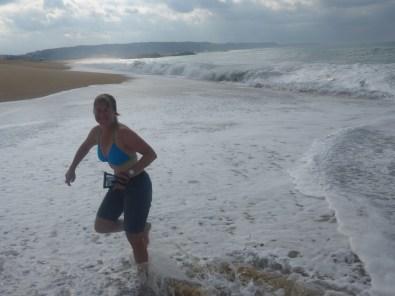 nazaren-runs-from-surf