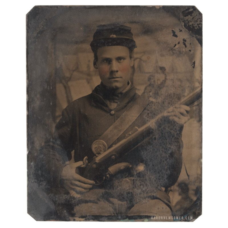 Civil War Soldier with Pinfire Revolver