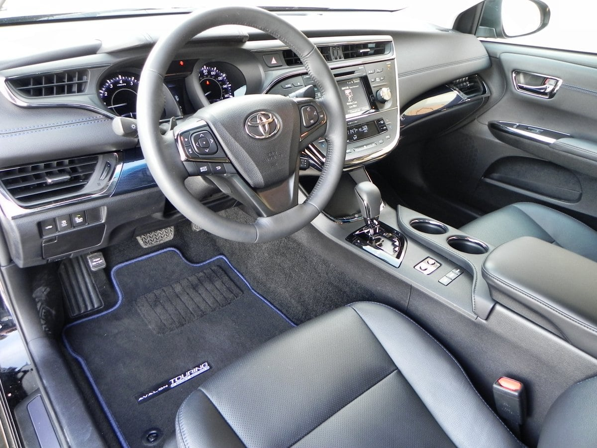 2015 Toyota Avalon Interior Review