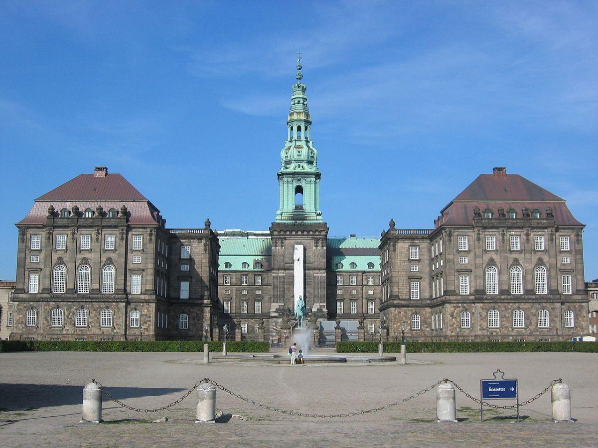 Virkelige og indbildte vilkår i dansk politik