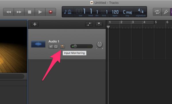 microfoon live versterken op Mac